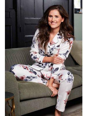 Doorknoop dames pyjama satijn Pastunette